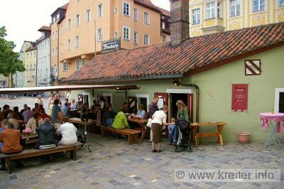 http://www.kreiter.info/familie/images/reiseberichte/regensburg/2-wurstkueche-1.jpg